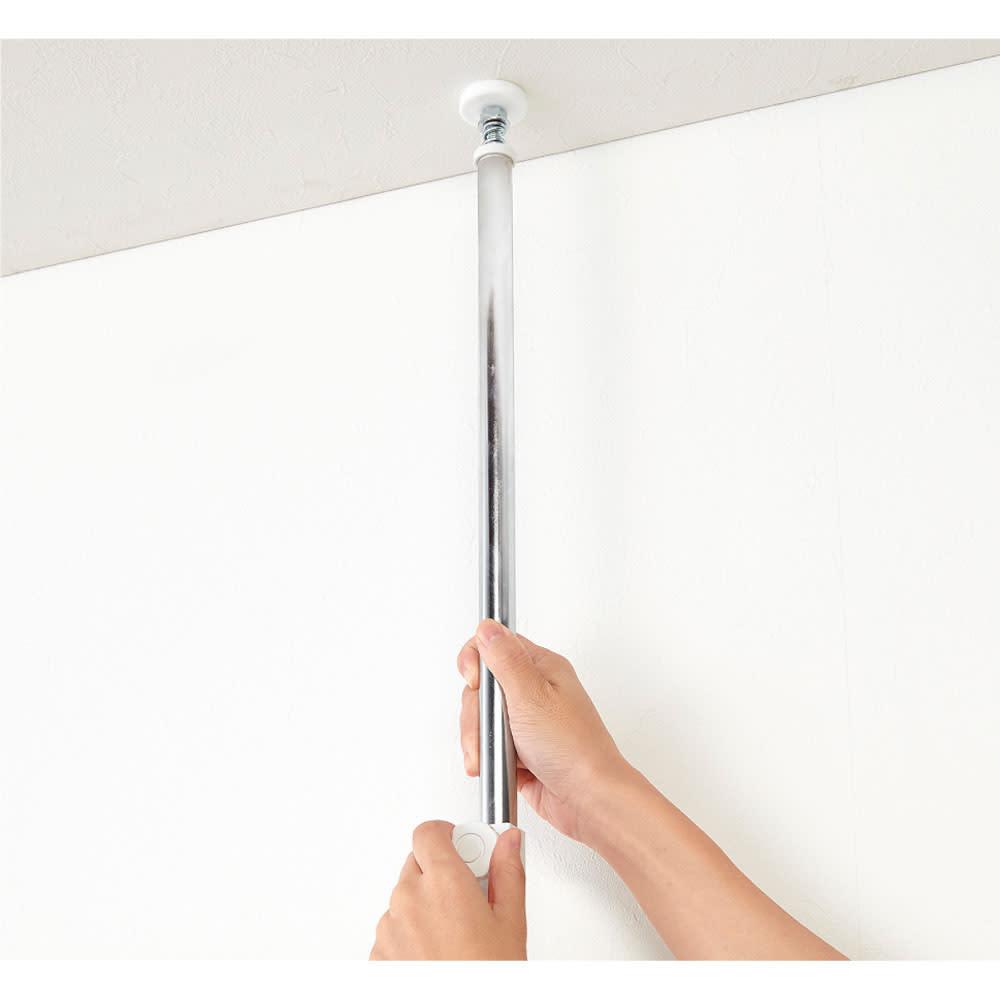 国産檜 壁面突っ張りウッドパネル  幅90cm 天井にしっかり固定できる突っ張り式。壁に傷をつけずに設置できます。
