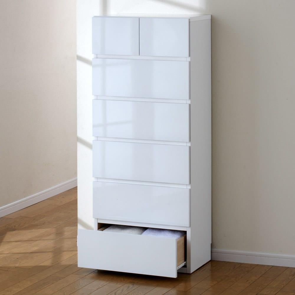 奥行30cm薄型ツヤツヤチェスト 幅50cm・6段 薄型だから狭い場所でも設置可能! (ア)ホワイト