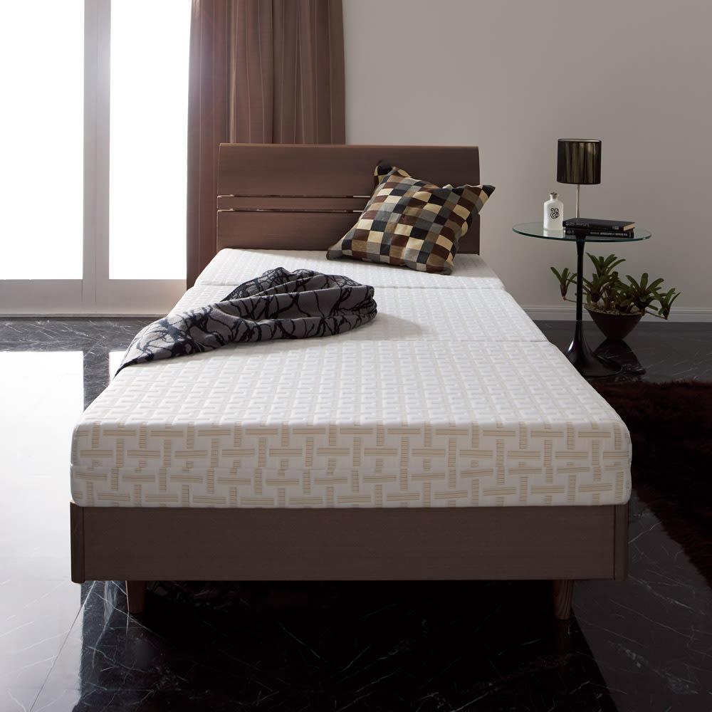 Afitマットレスシリーズ 3つ折りマットレス ベッドユースにリッチな寝心地を。折り畳めるので、使わない時は収納も可能。