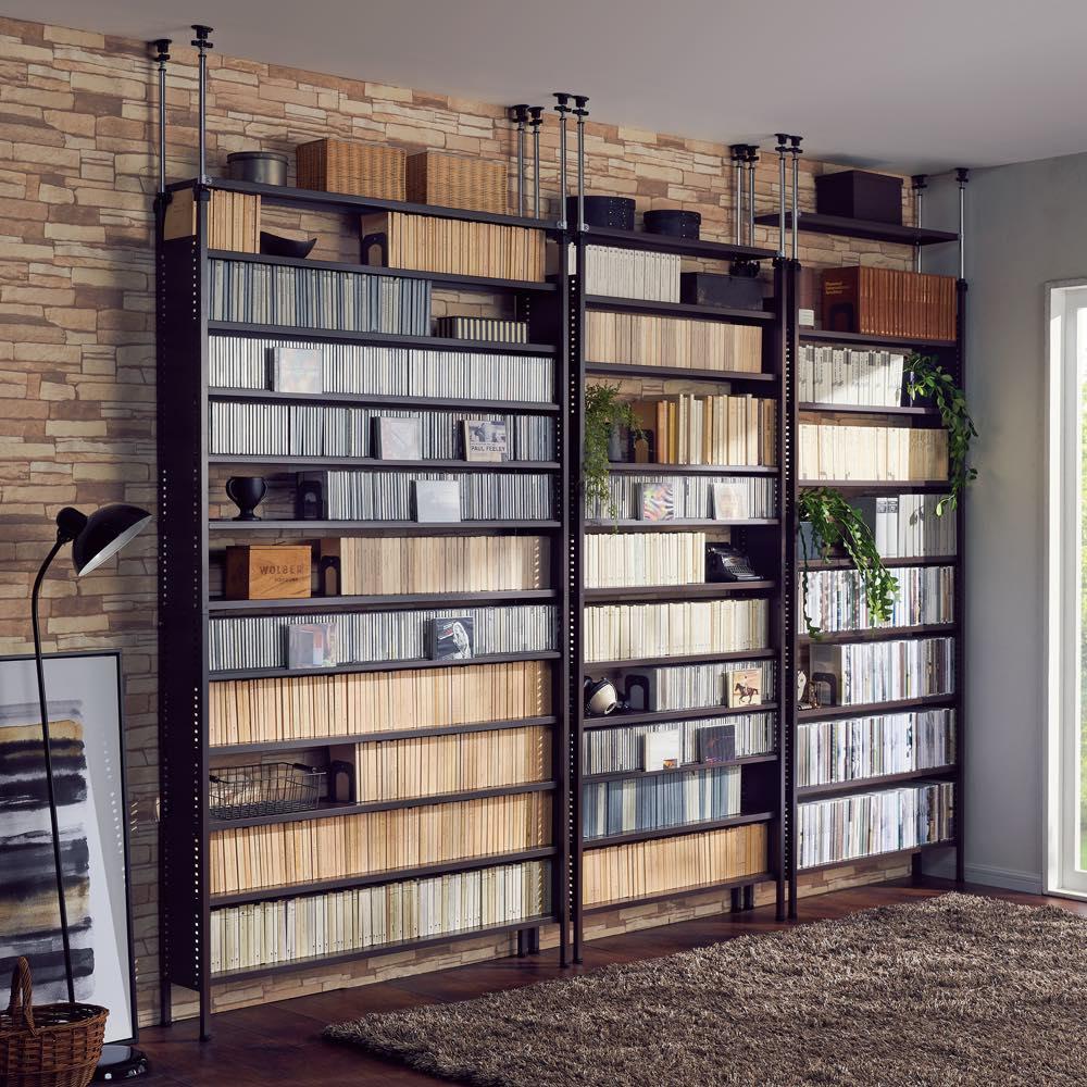 家具 収納 本棚 ラック シェルフ メタルラック スチールラック たっぷり収納!スチールラック 突っ張り式 コミック用 幅121.5cm 580752