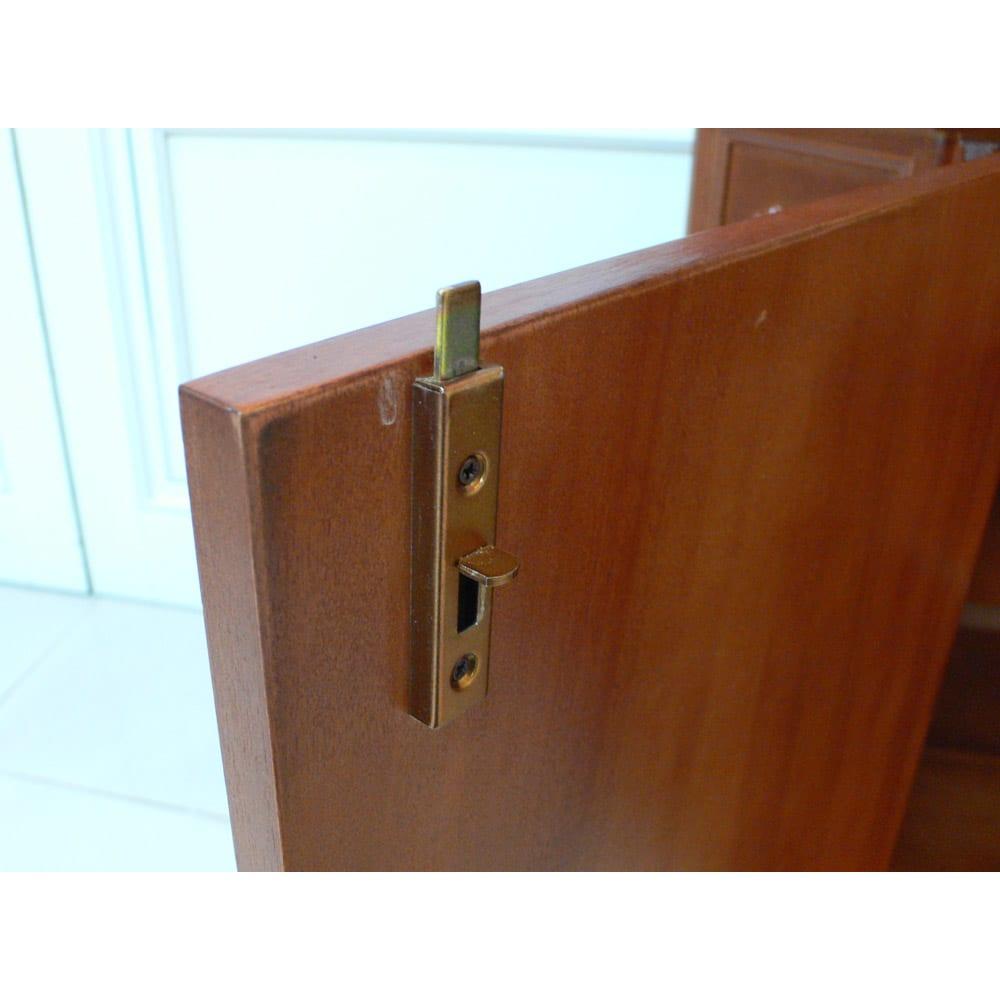 イタリアン家具シリーズ 象がんサイドボードキャビネット・幅124cm 鍵の構造