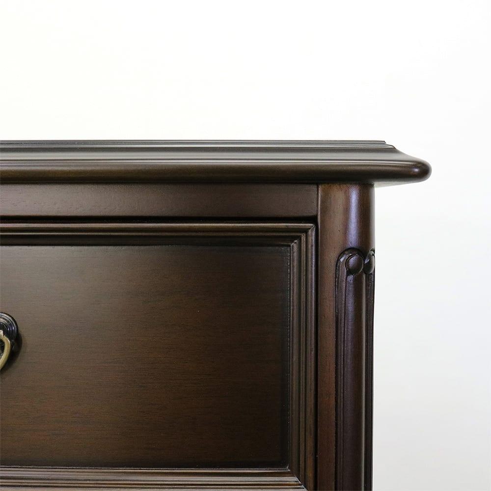 クラシカルロイヤル ケントハウスシリーズ チェスト・幅45cm 細部にまでこだわった格式のあるデザインでお部屋を彩ります。