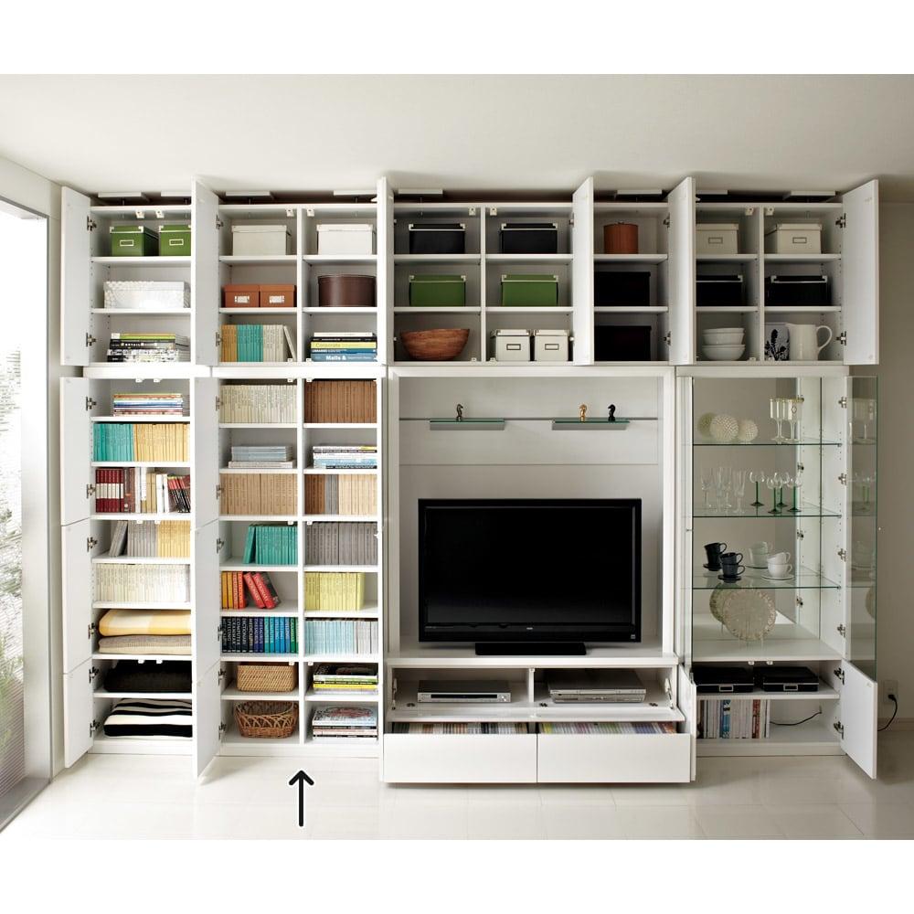 美しく飾れる 壁面収納システム 扉収納庫タイプ 幅80cm (扉を開けると…)