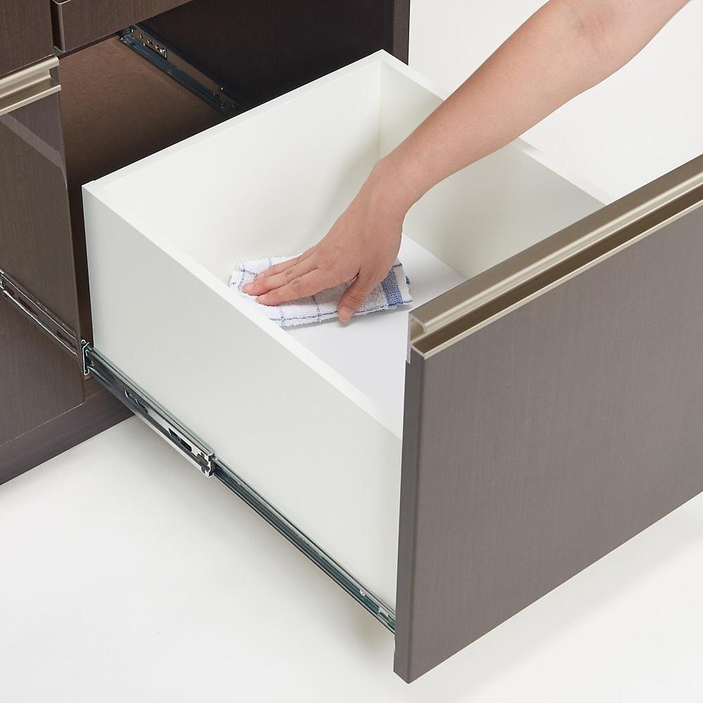 高機能 モダンシックキッチンシリーズ キッチンボード 幅120高さ178cm(カウンター高さ85cm) 引出し内部も美しく化粧されているので、汚れてもお手入れ簡単。