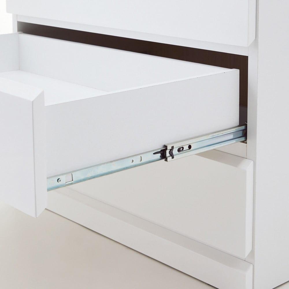 光沢仕上げ内部化粧チェスト 幅40cm・奥行30cm 奥まで引き出せるフルスライドレール。