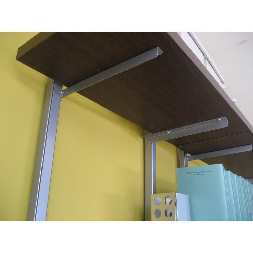 突っ張り式スペースラック 3段 幅89.5cm (ウ)ダークブラウン ※写真は棚板裏面