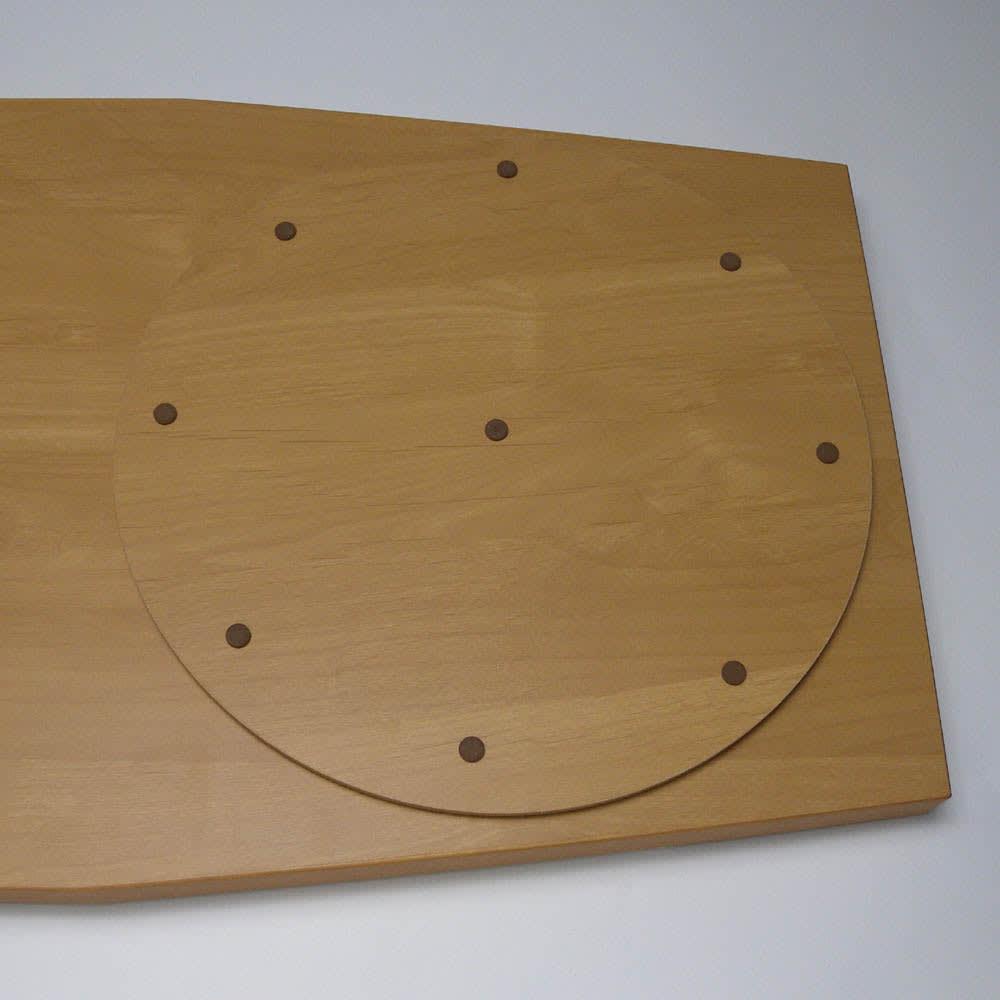 移動しやすいキャスター付きアルダー天然木 ネストボード・幅90cm 天板裏の回転板