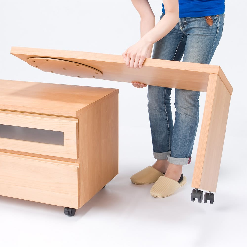 移動しやすいキャスター付きアルダー天然木 ネストボード・幅90cm 設置場所に合わせて幅、角度調節可能。