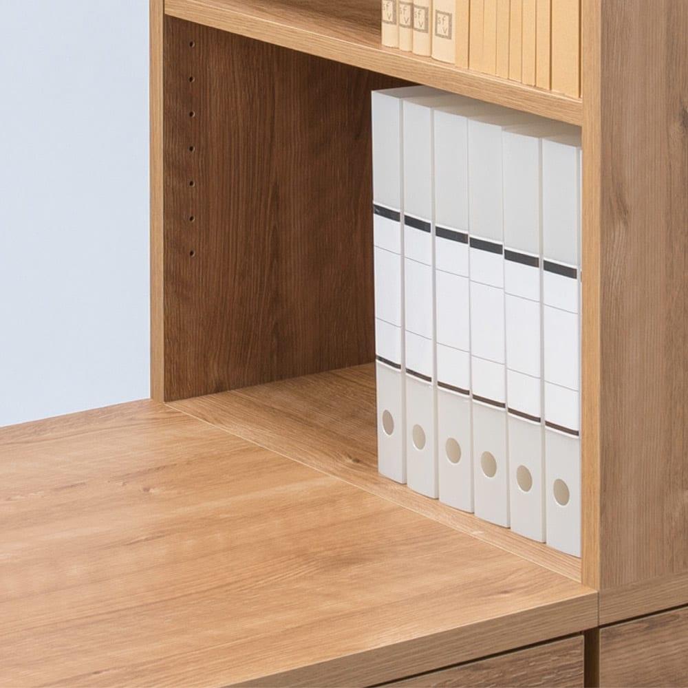 天然木調 配線すっきりデスクシリーズ 突っ張りサイドラック・幅30cm奥行45cm デスク天板とラックの中天板がフラットに。作業スペースが広がります。