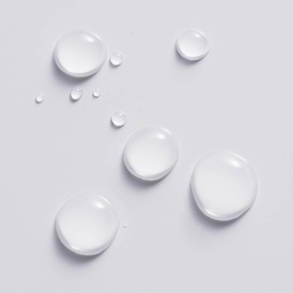 シンプルデスクシリーズ たっぷり奥行60cm深型デスク 幅120cm 水をはじき汚れのつきにくいポリエステル化粧合板のデスク天板