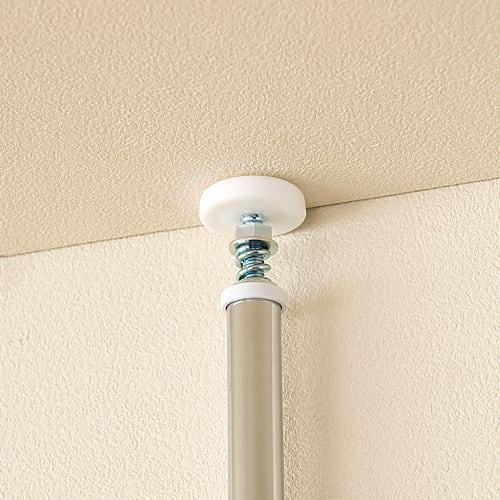 突っ張り式高さ調節シリーズ 伸長デスクラック 幅118cm 天井突っ張り式の安心構造。