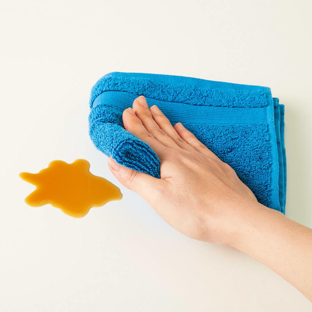 シンプルワークデスク 幅150奥行45cm デスク天板はキズや汚れに強い素材でお手入れ簡単。