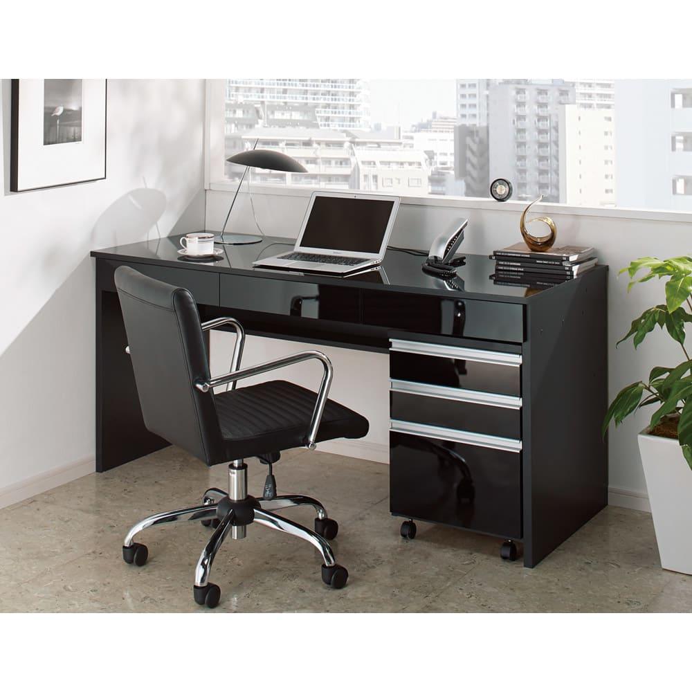 引き出し付き 光沢仕上げアーバンデスクシリーズ デスク 幅90cm (イ)ブラック ※写真は、デスク幅150cmとチェストの組み合わせ例です。お届けはデスク幅90cmのみです。
