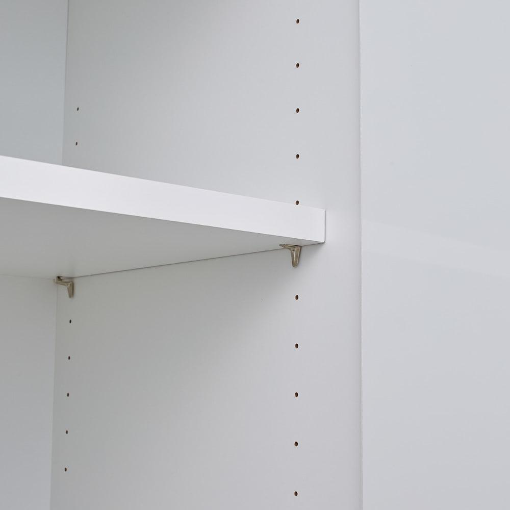 スイッチ避け壁面収納シリーズ スイッチよけタイプ(上台扉付き・下台引き出し)幅60cm奥行30cm 3cm間隔で調整できる可動棚板。ピンを棚板に差し込むタイプの棚ダボで、外れや落下を防止します。棚板サイズ:幅55奥行23厚さ2cm