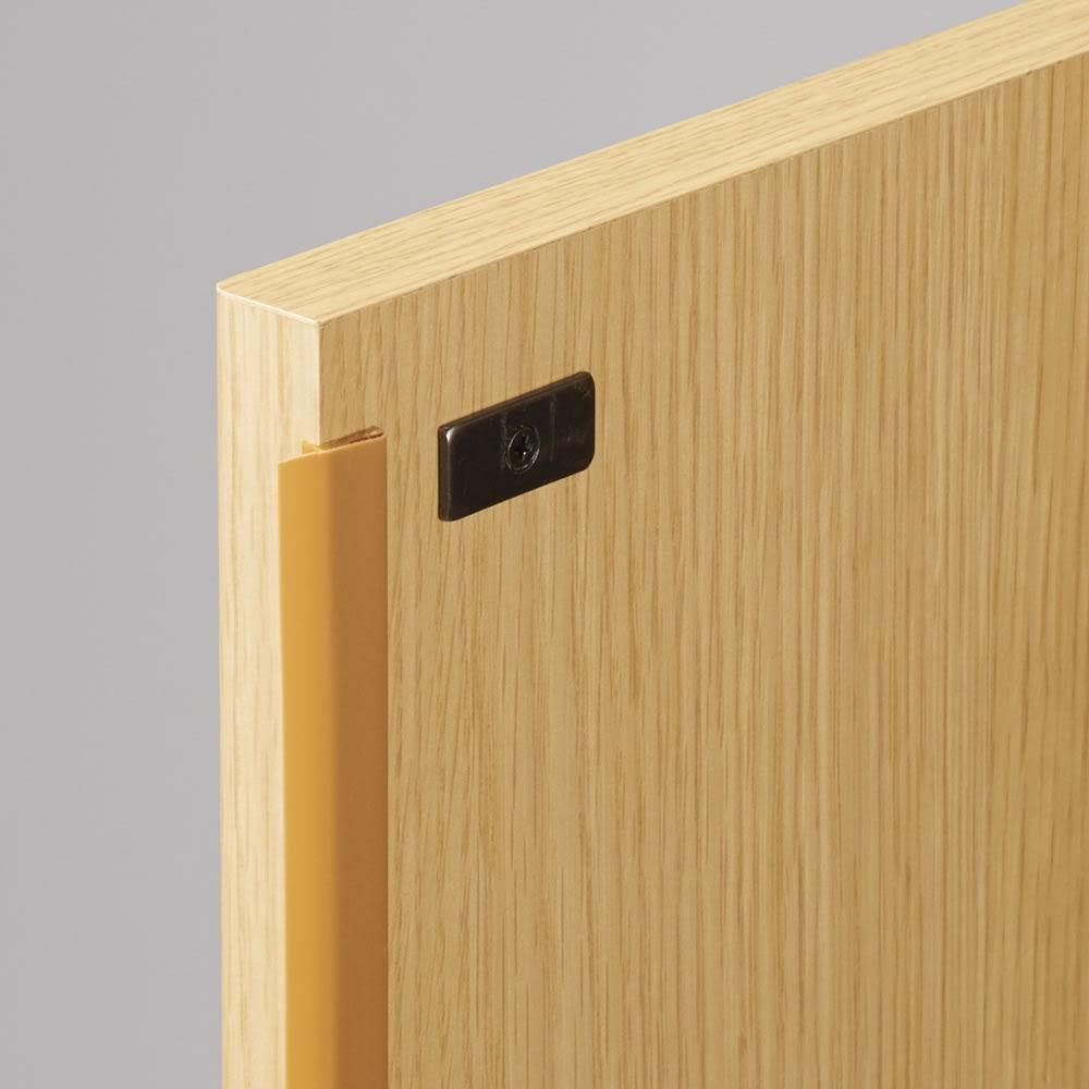 【高さサイズオーダー】 プッシュ扉リビングキャビネット 扉タイプ 幅58高さ40~120奥行45cm 扉はプッシュ式で、ホコリよけ付き。