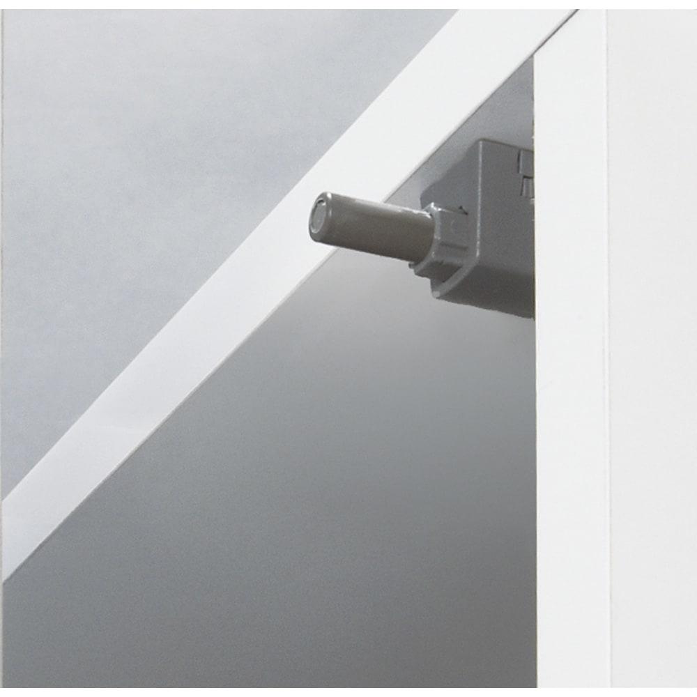 壁面間仕切りワードローブ 幅80cm用「オーダー上置き」・高さ26~90cm(1cm単位オーダー) プッシュラッチ式でスムーズに開け閉めできます。