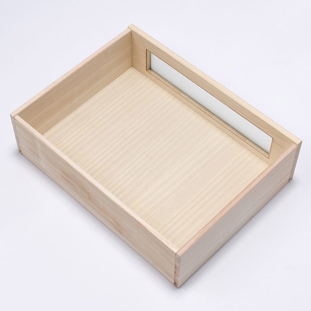 ブティックのような モダン桐クローゼットチェスト 幅58cm・5段 引出内部はすべて桐材を使用しております。
