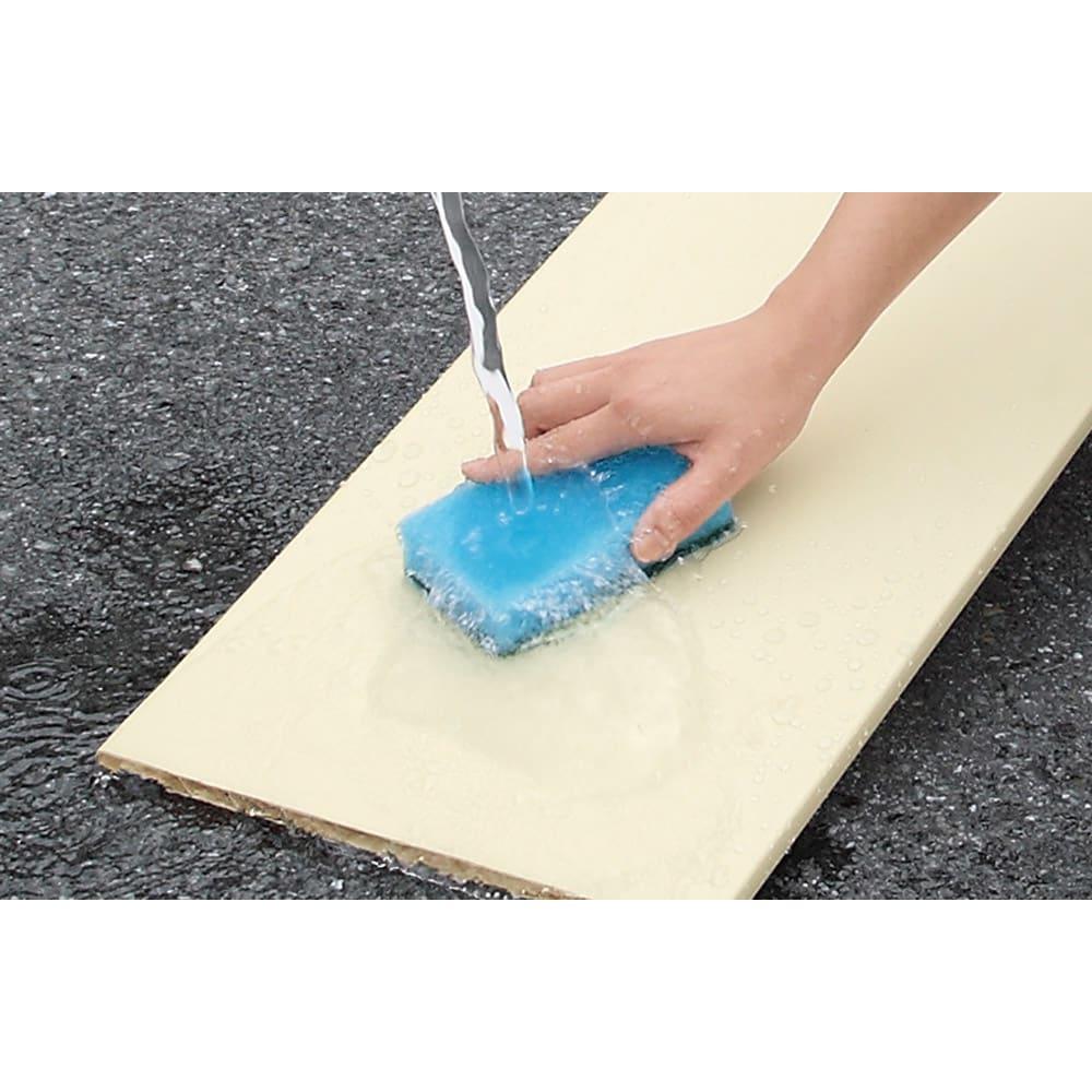 並べても使える 突っ張り式ユニットシューズボックス 天井高さ214~224cm用・幅45cm[紳士靴対応] 可動棚板は取り外して水洗いのできるプラスチック製。清潔に保てます。