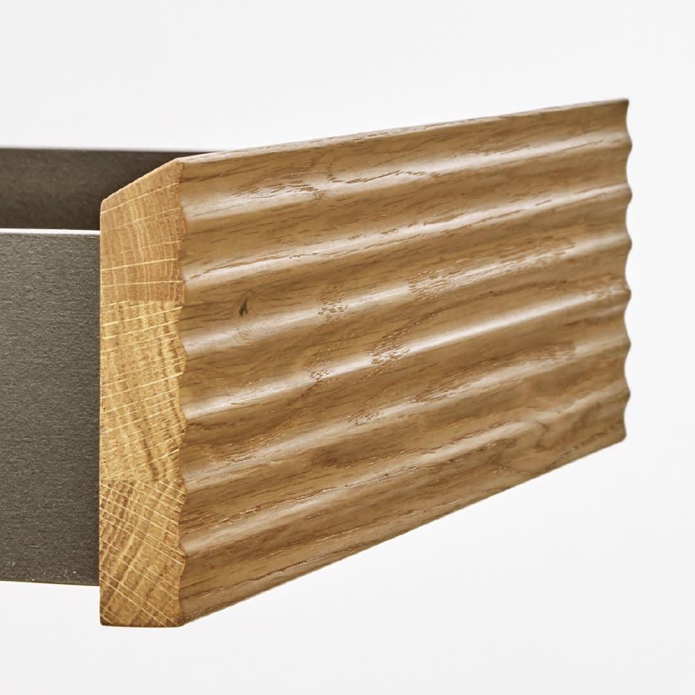 マスクをしまえる引き出し付き シューズボックス 幅80cm 高さ91cm 【ウェーブ状の美しい引き出し前板】手作り家具のような上質感が漂う、無垢材の波状デザインがアクセントに。