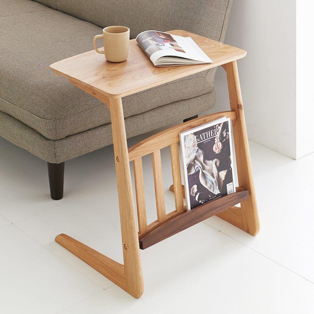 カフェ風天然木ソファサイドテーブル 幅55cm (イ)ナチュラル ソファ前のコンパクトテーブルとしてもピッタリなサイズ
