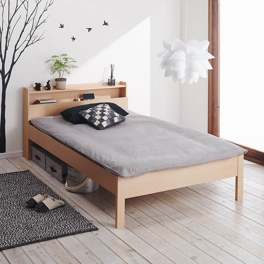 角あたりのない細すのこベッド 棚付き フレームのみ 布団使用イメージ