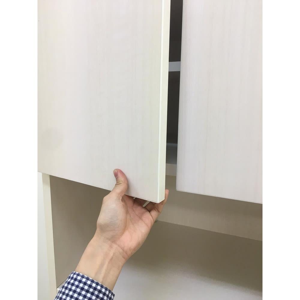家電もストックもまとめて収納!天井ぴったりキッチンシリーズ レンジボード 幅60cm奥行50cm ※上部扉の開閉イメージ