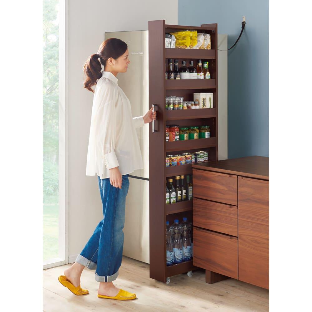 家具 収納 キッチン収納 食器棚 キッチンストッカー 食品ストッカー 組立不要!52サイズ・3色の156タイプから選べる頑丈すき間ワゴン 幅13奥行55cm 618340