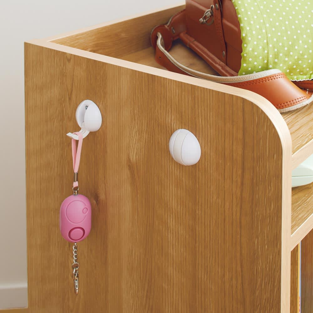 隠せる片引き戸ランドセルラック 幅60cm 【フック付き】フックは左右どちらにも取付けられます。