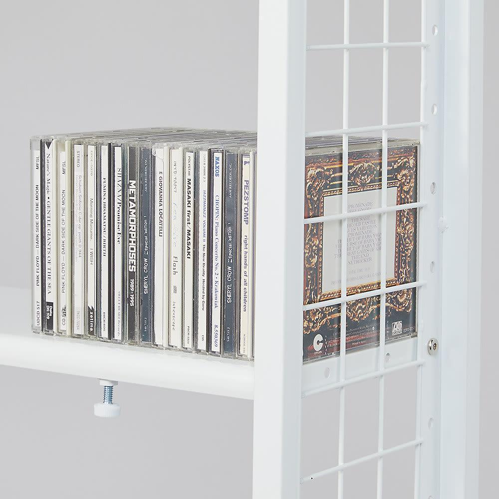 〈奥行36cm・幅93~122cm〉幅と高さがピッタリ!伸縮式スチールラック 収納イメージ(3):CDやDVD、ブルーレイディスクなどのAV収納にも