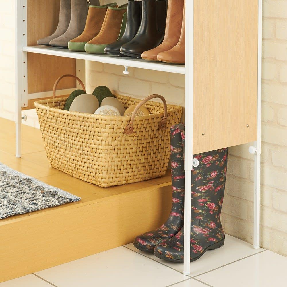 空間に美しく調和する伸縮自在木目調シューズラック 7段 34cmの段差まで またげる脚部伸縮で ブーツも収納可能