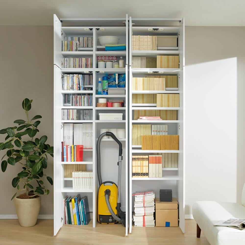 日用品もしまえる頑丈段違い書棚上置き(幅60cm) 掃除機や古新聞など日用品をしまいやすいつくり。(ア)ホワイト※上置きのみのお届けです。