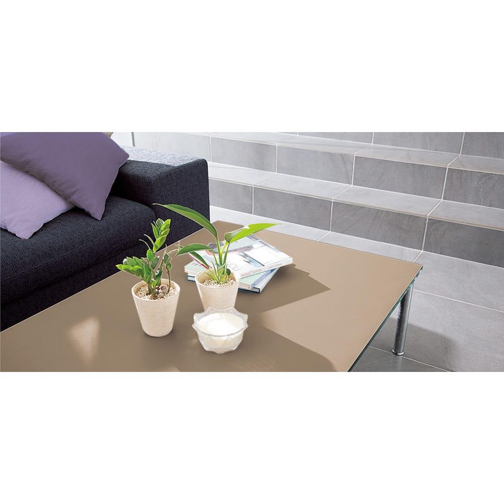 本革調テーブルマット 幅90cm(オーダーカット) (イ)グレイッシュブラウン おしゃれなインテリア小物とも好相性です。
