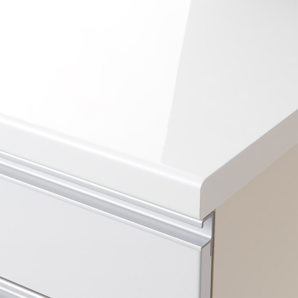 移動ラクラク!!間仕切りハイグロストップキッチンカウンター 幅120cm [パモウナ BV-120W] ~POINT~ 天板は光沢が美しく、汚れに強いオレフィンシート仕様(ダイヤモンドハイグロス)なのでお手入れ簡単です。