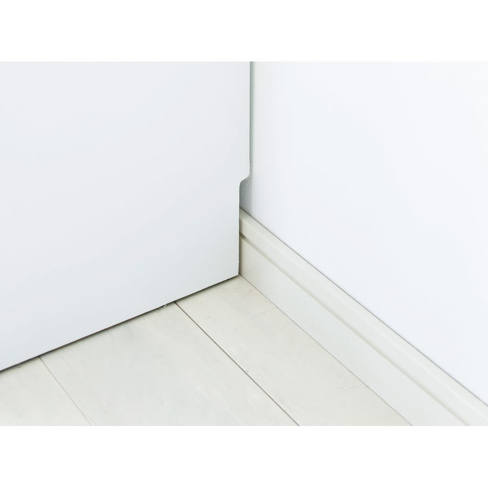 幅・奥行が選べるサニタリーチェスト 幅80・奥行45cm 幅木よけカットで壁にぴったり設置が可能です。