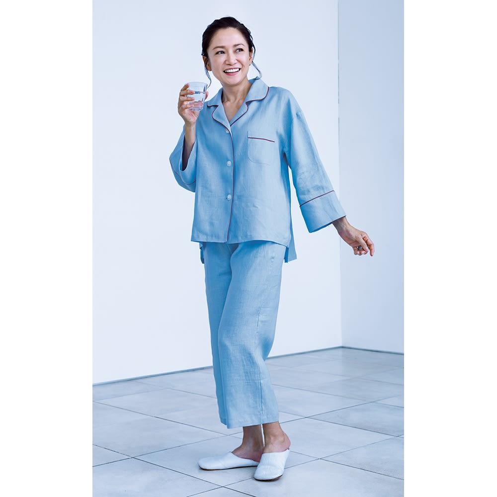 フレンチリネンのパジャマ  着用イメージ(イ)ライトブルー