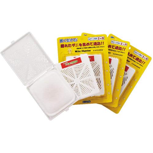 日革研究所 「ダニ捕りロボ」 詰め替え用誘引マット レギュラーサイズ5枚セット 別売りのハードケース・ソフトケースレギュラーサイズをお使い中の方に対応。お届けする商品は誘引マット(5枚)のみです。