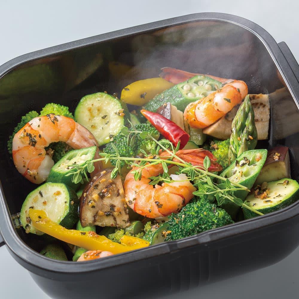 グルラボ プラス IWATANI イワタニ たっぷり野菜とエビのラタトゥイユも3分で完成 *別途蒸らし時間がかかります。