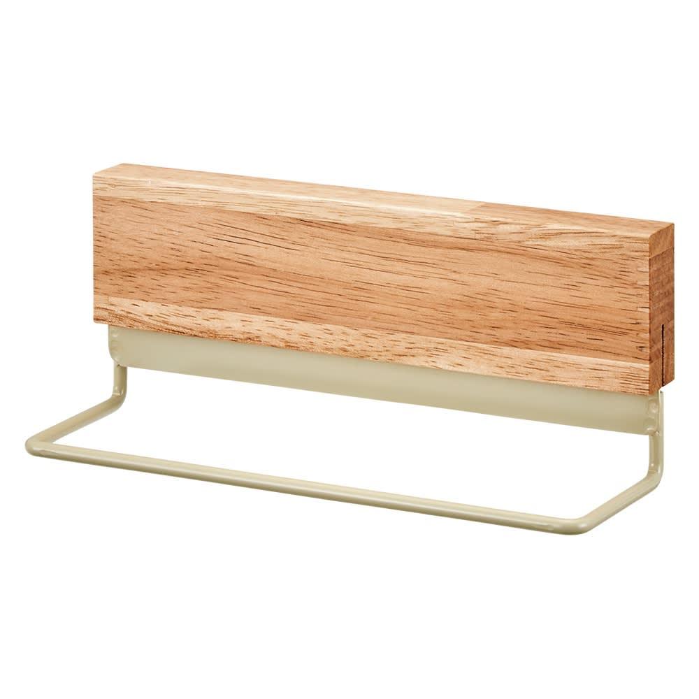 マグネット玄関収納 3点セット ストールやマフラー類など、外出先に持っていくものをかけておくのに便利なハンガー。