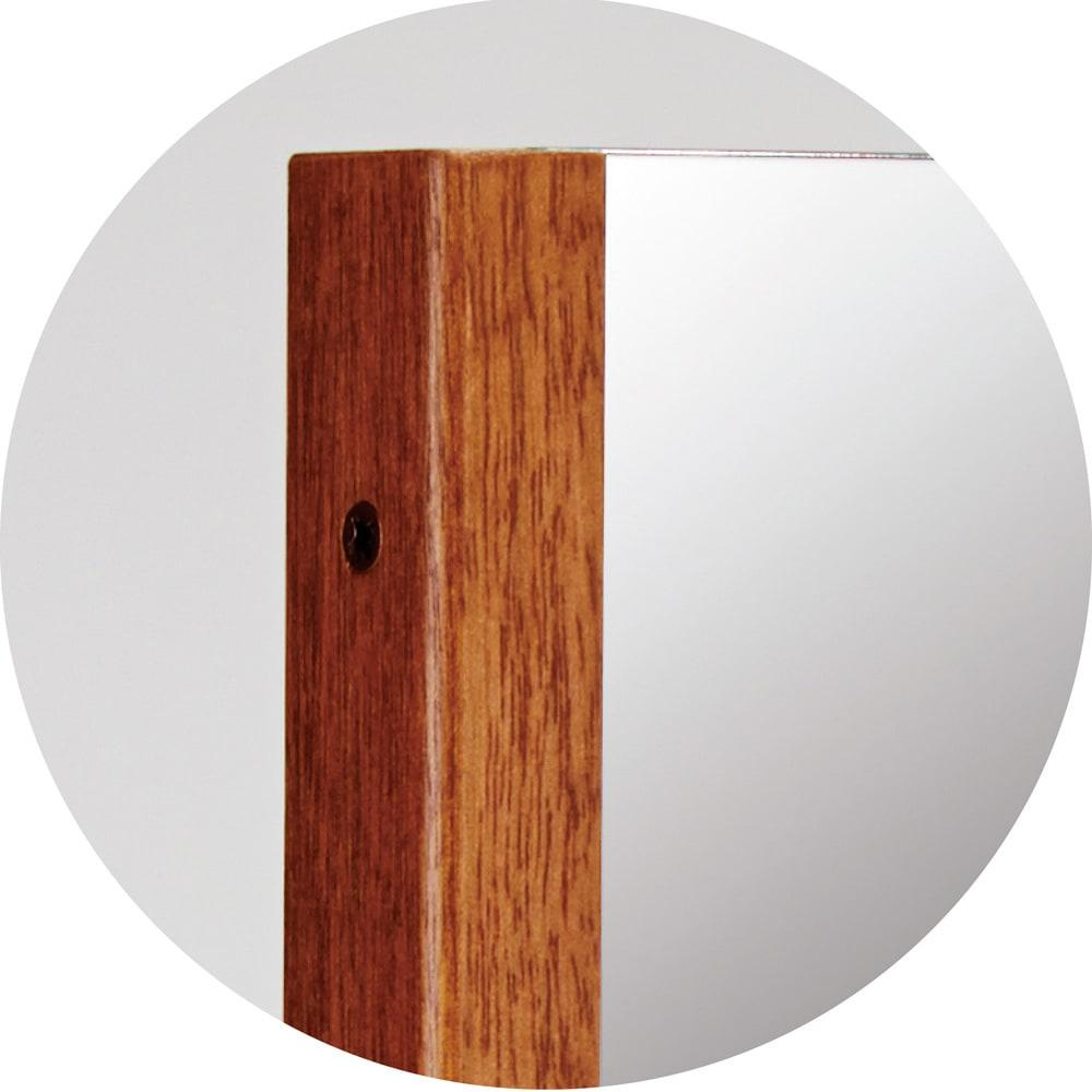 割れない軽量フィルムミラー プレミアム 天然木フレーム (イ)ブラウン 天然木フレームのプレミアム仕様。正面に見える枠の太さは約2cmです。