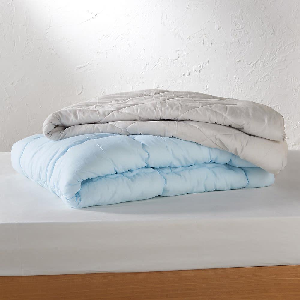 テンセルTM&ガーゼ寝具シリーズ ふわふわコンフォーター 色が選べるお得なシングル2枚組 上から コンフォーター(エ)グレー、掛け布団(イ)ブルー