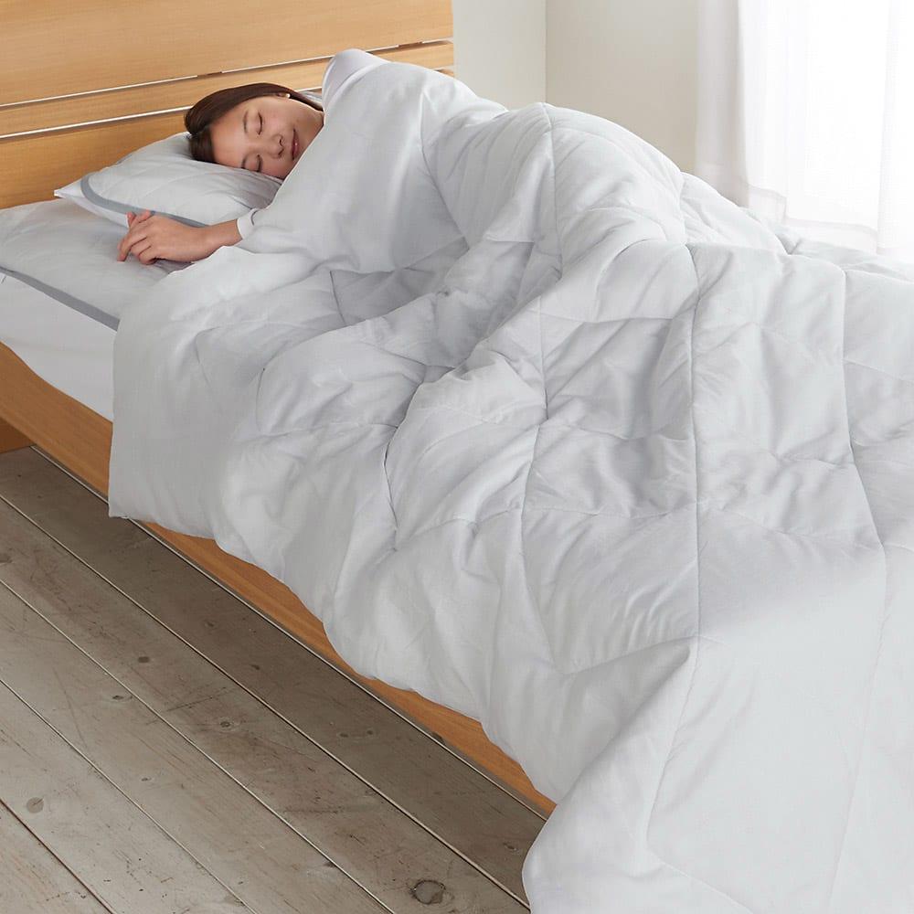 テンセルTM &ガーゼ寝具シリーズ お得な掛け敷きセット(コンフォーター+敷きパッド+ピローパッド) (エ)グレー コーディネート例