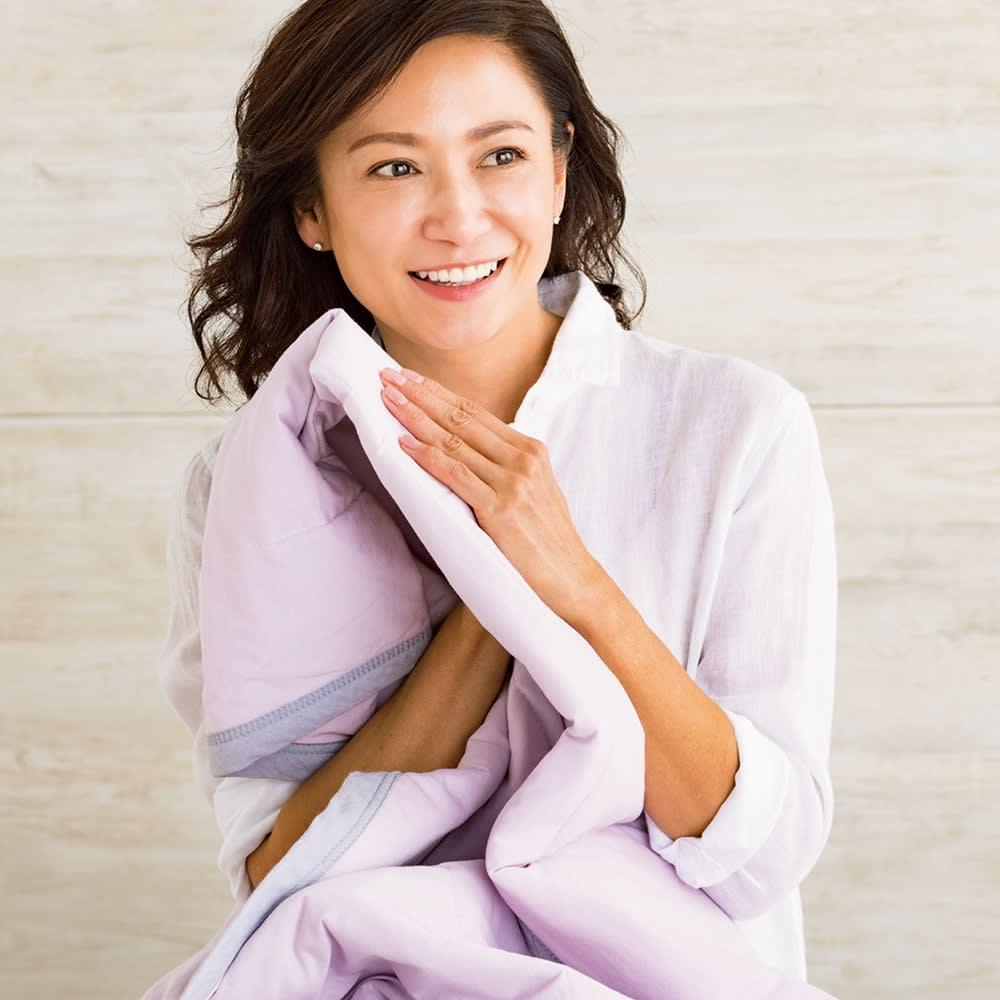 西川×ディノス クールコットン寝具シリーズ 敷きパッド (イ)ラベンダー 「夏に気持ちいいサラッとした肌ざわり。天然素材で冷感を味わえるなんてうれしいですよね。冷たすぎないところもいいんです。」