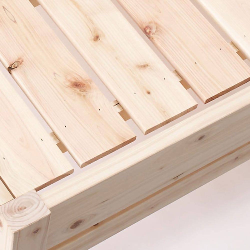 国産ひのき天然木すのこベッド 棚あり フレームのみ シングルサイズ 床面には通気性のいいひのきすのこを採用。