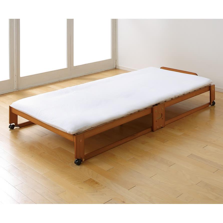 折りたたみ式ひのきすのこベッド ワイドシングルハイ お手持ちの布団を敷いてお使いいただけます。 (イ)ブラウン ワイドシングル