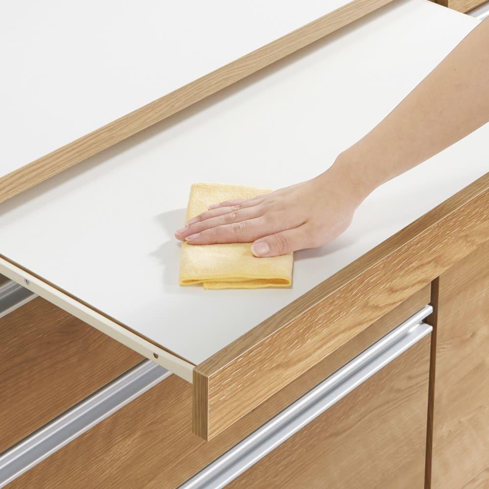 組立不要 スライド天板キッチン収納 ゴミ箱3分別 幅76cm 天板はお手入れが簡単な素材。