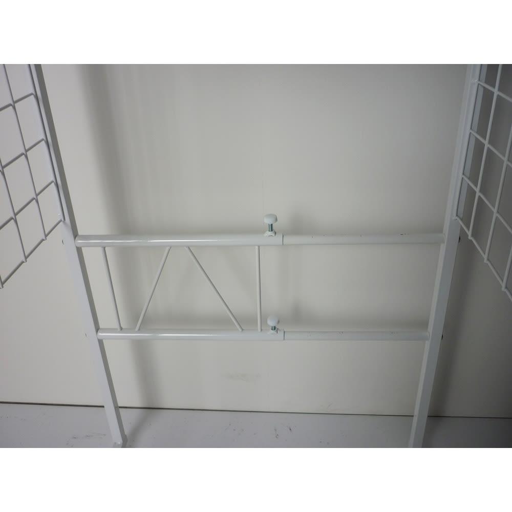 幅が伸縮するキッチン作業台ラック 奥行55cm 幅30cm~50cm 2面天板仕様です。
