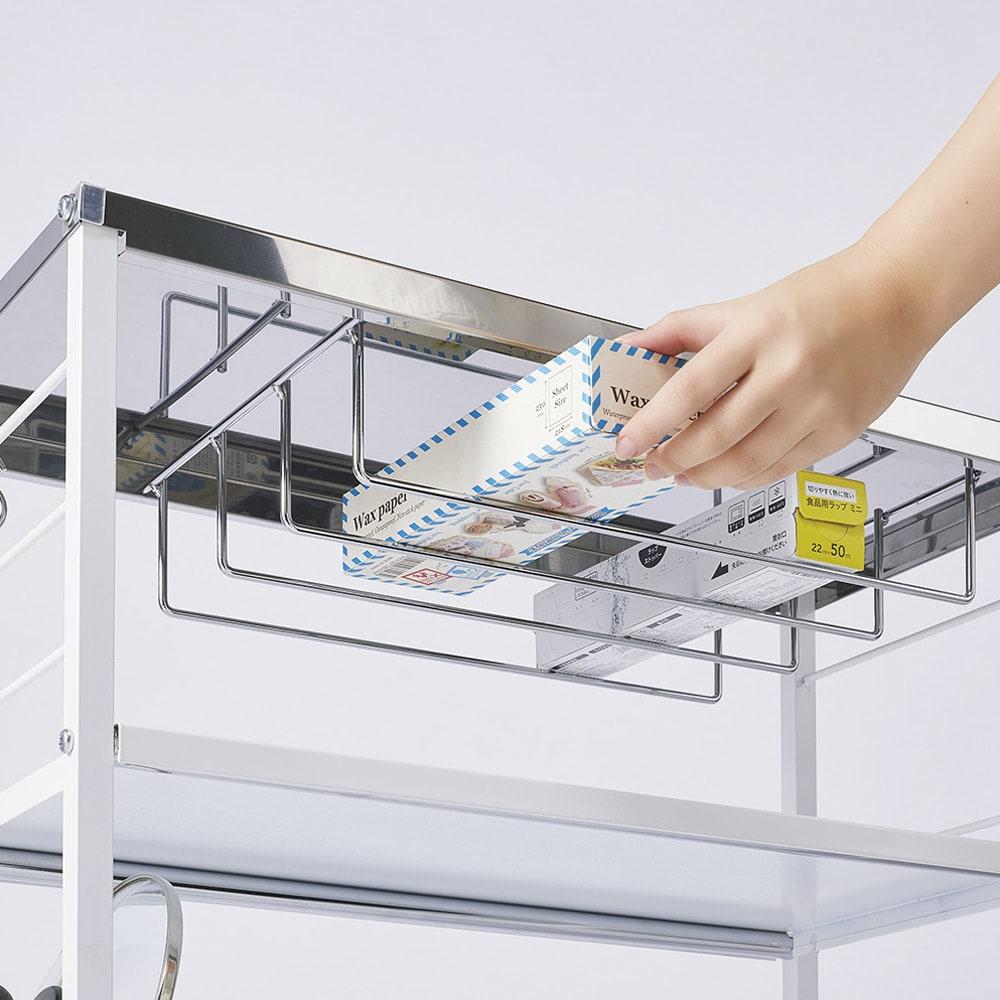 ステンレス天板頑丈キッチンワゴン 幅45cm 天板下にはラップなどが置ける棚付き。