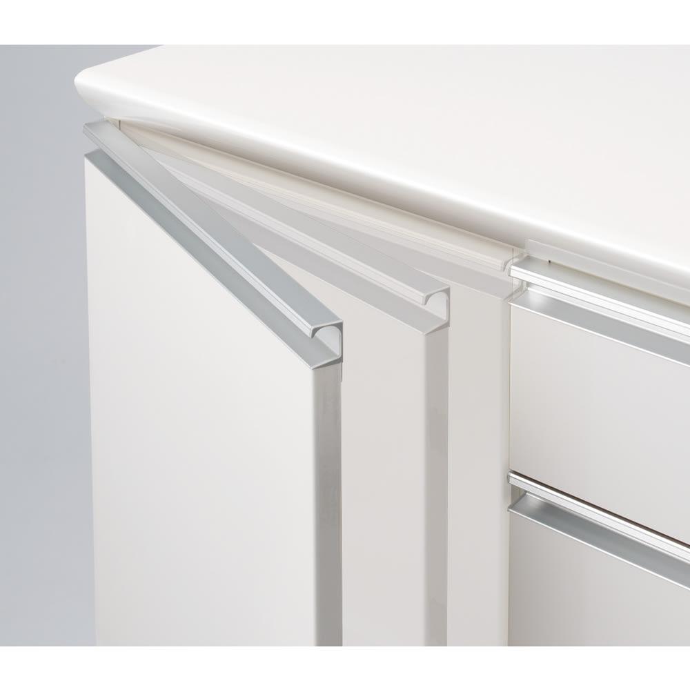 サイズが豊富な高機能シリーズ 板扉タイプ 食器棚引き出し4杯 幅40奥行45高さ187cm/パモウナ DZ-S400KL DZ-S400KR 扉は全てクッションが効き、ゆっくり閉まるダンパー仕様。