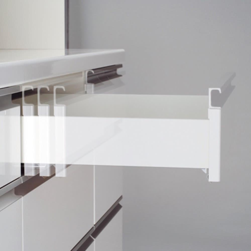 移動ラクラク 間仕切りハイグロストップカウンター 幅90cm 上1・2段目は静かに閉まるサイレントレールを採用。最下段は奥までしっかり引き出せるフルスライドレール。