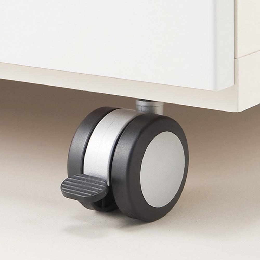 移動ラクラク 間仕切りハイグロストップカウンター 幅90cm ウレタン製キャスター(ストッパー付き)で、女性でも移動が簡単。